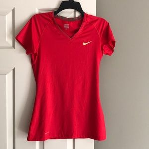 Nike Pro Women's Fitted V-Neck - Size M
